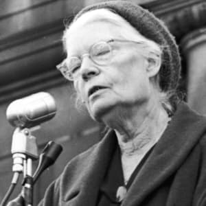 dorothy-day-contemplative